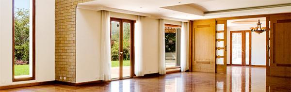 нестандартные входные двери для загородного дома