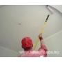 Покраска потолка валиком видеосюжет с места проведения работ