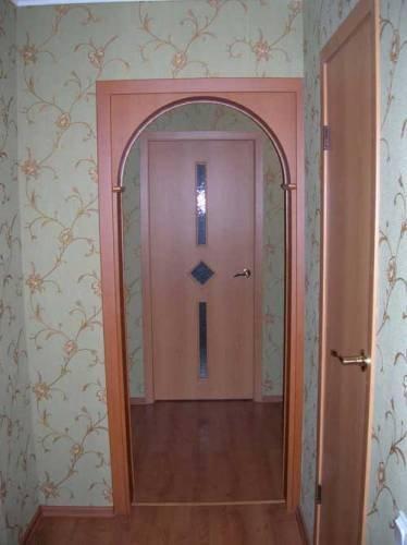 Установка готовой арки в дверной проем