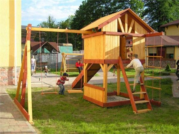 Как построить детский дом