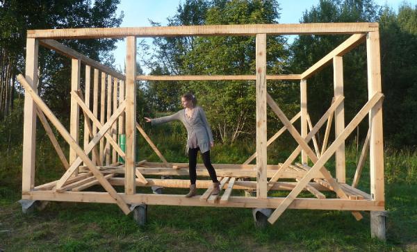 Как построить дом своими руками из брус