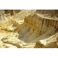Строительный песок с доставкой 25 тонн
