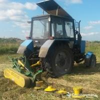 Покос травы, борщевика, трактором МТЗ с роторной косилкой
