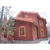 Деревянные дома ручной рубки.