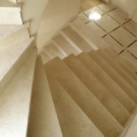Лестницы из мрамора и гранита