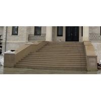 Бетонные парадные и внутренние лестницы