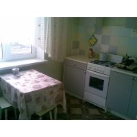 Сдаю 1-комн квартиру на Ломжинской посуточно почасно не дорого