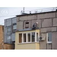 Герметизация балконных козырьков, монтаж отливов и водостоков