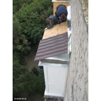 Установка крыш балконов. Монтаж балконных и входных козырьков. Ремонт балконов и лоджий