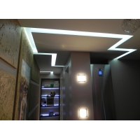 Многоуровневые потолки, варианты подсветки, изготовление порталов и карнизов