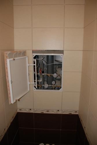 Скрытый люк в туалете своими руками