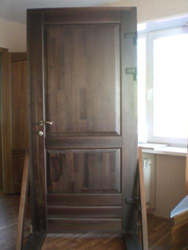 двери из массива сосны вторые входные