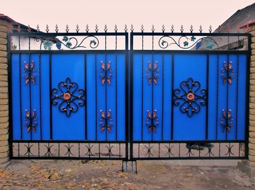 Ворота из профнастила с элементами ковки своими руками фото фото 466