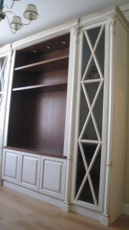 Встроенные шкафы из массива в гостиную ооо фабрицио мебель м.