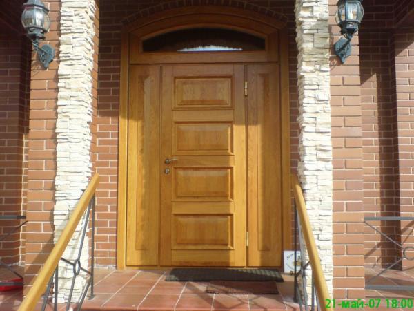 входное двери из дуба для коттеджа на заказ