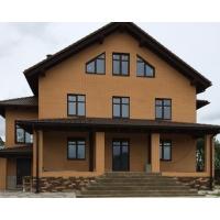 Четырехэтажный коттедж в деревне Крупшево