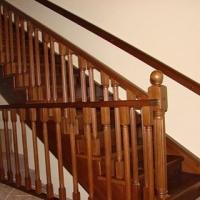 Лестница из ясеня, установка