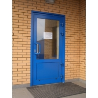 Алюминиевые двери. Одностворчатые