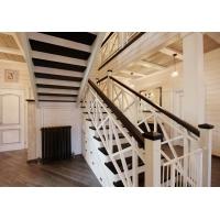 Компания АКБ Дизайн предлагает деревянные лестницы