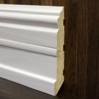 Плинтус фигурный белый со вставкой 120*20мм