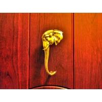 Дверная ручка: Слон