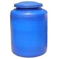 Емкости пластиковые для воды.