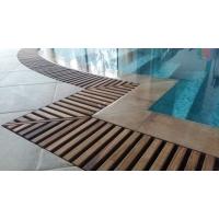 Тиковые переливные решетки для бассейнов Le Parqueteur