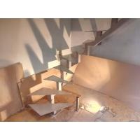 Шпатлевание каркасов лестниц