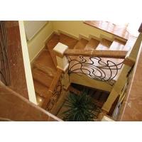 Лестницы из мрамора, гранита, оникса, агломерата кварца