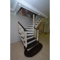 Лестницы из дерева. Много Лестниц.  От простых до сложных конструкций.