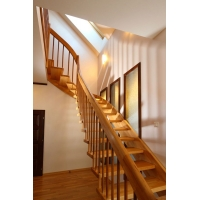 Интерьерная лестница ООО Мастер лестниц