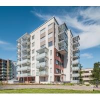 Остекление фасадов: балконные ограждения и остекление Lumon Панорамные виды, цветные фасады