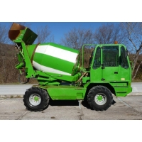 Самозагружающийся бетоносмеситель Merlo DBM 3500 EV