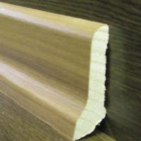 Шпонированный плинтус шпон ореха пропаренного Weitzer Parkett